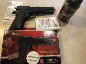 Stinger p311 Airsoft with extras 1911 Air Soft Pistol $27.95