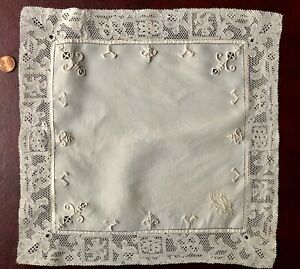 Unusual Embroidered Lace Handkerchief Centerpiece Figural Monogram Collector