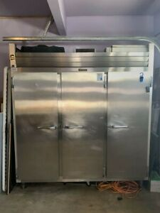 Traulsen G30010 Reach in Commercial Refrigerator