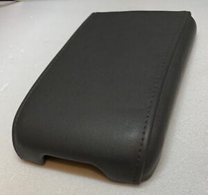 03 04 05 06 07 Cadillac Cts Gray Console Lid Cover Arm Rest