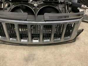 For 2011 2012 2013 Jeep Grand Cherokee Front Grill Grille 55079377ac Oem