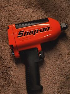 Snap on Mg1250 3 4 Drive Heavy Duty Air Impact Wrench used Orange