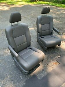 Honda Odyssey Middle Row Seats Captain s Chairs Grey Leather