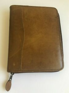 Vtg Day timer Leather Planner 7 ring 10 5 X 8 25 Distressed Zipper Pockets Pen
