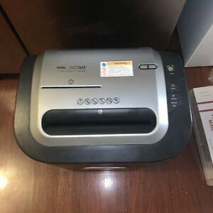 Royal 1620mx Office Or Home Paper Shredder 16 Sheet Confetti Cut