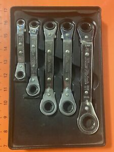Blue Point Tools 5 Piece 12 Point Metric 25 Offset Ratcheting Box Wrench