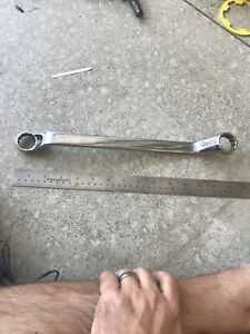 Snap on Xo3032 15 16 X 1 Sae 12pt Off Set Box Wrench