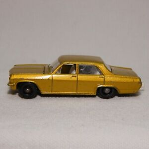 MATCHBOX SERIES NO.36  OPEL DIPLOMAT  MADE IN ENGLAND BY LESNEY (B)