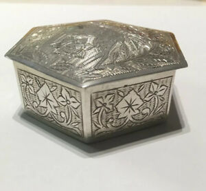 Antique European Sterling Silver Hinged Highly Detailed Etched 6 Sided Desk Box