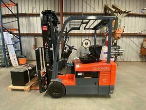 Toyota 7fbeu18 Electric Forklift