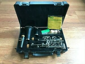 Armstrong Student Clarinet With Case Musical Instrument