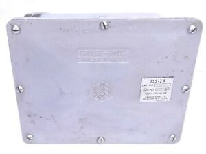 Crouse hinds Tss24 48362 Explosion Proof Conduit Box Circuit Flasher 110 220vac