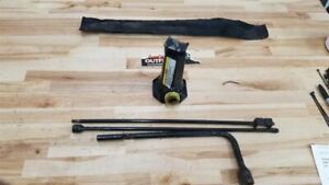 Jeep Tj Wrangler Spare Tire Jack Bottle Handle Tools Bag 1997 2006 24229