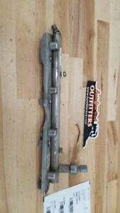 Ford Focus Oem Fuel Injection Rail 2 0l 2012 2018 24630