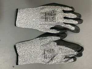 Protective Cut Resistant Gloves Level 5 Certified Safety Construction Work