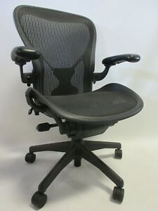 Herman Miller Aeron Chair Size C large In Graphite black With Posture fit
