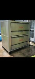 Blodgett 951 Commercial Stainless Steel Deck Gas Oven Beautiful Clean