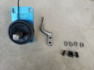 B M 83 04 Mustang Ripper Shifter T5 T45 Manual Works Excellent