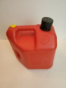 Vintage Blitz 2 Gallon 8 Oz Gas Can 11810