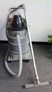 Nilfisk Advance Wet Dry Vacuum Vt 60cr Commercial industrial Grade very Clean