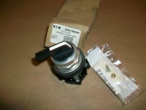 Cutler Hammer Selector Switch Ht8jdh3a New In Box