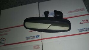 Subaru Legacy Outback Forester Auto Dim Rear View Mirror Cam Mount 01 06
