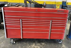Snap On Tool Box 72 15 drawer Triple bank Masters Series Roll Cab red