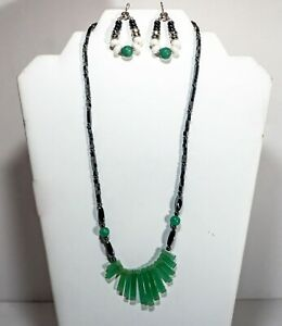 Green Stone Fan Style Black Hematite Iron Oxide Beads Necklace With Earrings