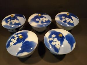 Set Of 5 Antique Fukagawa Covered Tea Bowls Cup Hand Painted Blue And White
