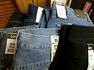 Lee Men#x27;s Jeans Relaxed Fit Straight Fit Regular Fit or Relaxed Dunagree NWT $19.99