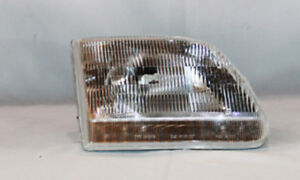 Headlight Fits 1997 2004 Ford F 150 Expedition F 250 Tyc