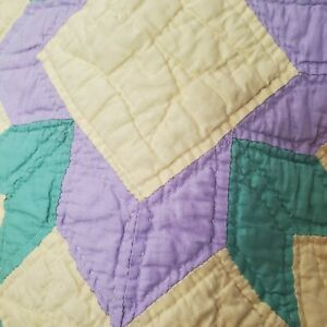 Lovely Vintage Handstitched Patchwork Quilt In Pastel Yellow Purple Lavender
