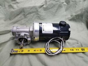Bison Right Angle Dc Gear Motor 32 Vdc 70 Rpm 30 In Lbs Torque Hollow Shaft
