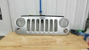 Jeep Jk Wrangler Oem Front Grill Psb Bright Silver 2007 2018 38168