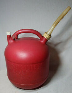 Vintage Eagle 5 Gallon Round Plastic Gas Can Pg5 Vented With Spout