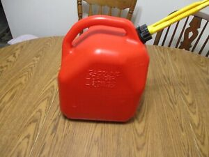 Vintage Pre Ban Scepter 5 Gallon Gas Can Self Venting Fast Pouring Spout