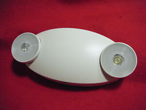 Two Head Emergency Light With Battery Back up Lfi Light Fixture Ind El m w bb