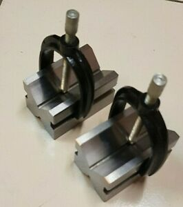 Precision Steel V block Set 1 5 8 X 1 1 4 X 1 1 4 With 2 Blocks 2 Clamps