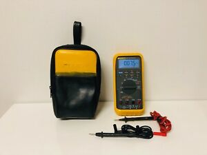 Fluke 787 Processmeter W lead And Carrying Case