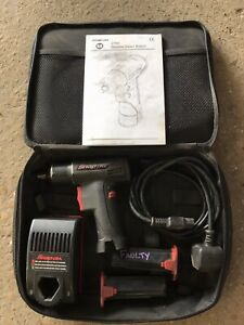 Snap On Ct561 7 2v 3 8 Cordless Impact Gun Wrench With Battery Charger Set
