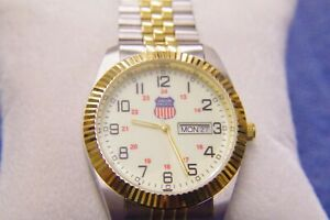 Selco Union Pacific Men's wristwatch mint condition fresh battery collector item $29.96