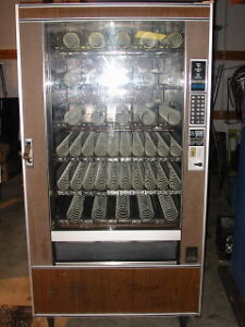 National Vendors 145 Snack Machine