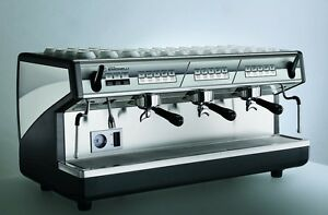 Nuova Simonelli Appia Volumetric 3 Group Espresso Machine