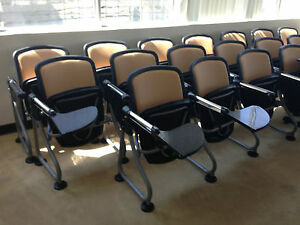 Ofm Readylink Add on Seating For Auditorium waiting Areas 32 Units Avail