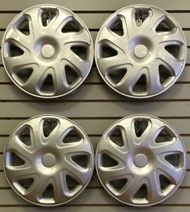 2000 2002 Toyota Corolla Hubcap Wheelcover New Am