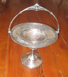 Atq Meriden B Co Silver Plate Compote Brides Basket 1773 Etched Detail Design