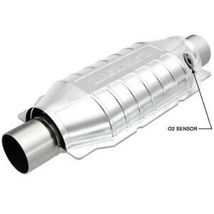 Magnaflow 51039 Oval Universal Catalytic Converter W 3 Inch In Out