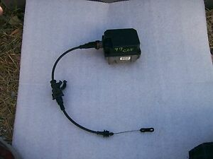 1997 2001 Cadillac Catera Factory Cruise Control Module Cable Actuator 25163214