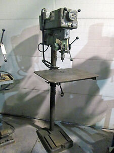15 Clausing Model 16vc 1 Drill Press