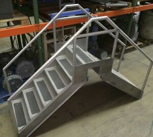 48 Aluminum Crossover Ladder 6 steps X 32 wide Non skid W Handrails